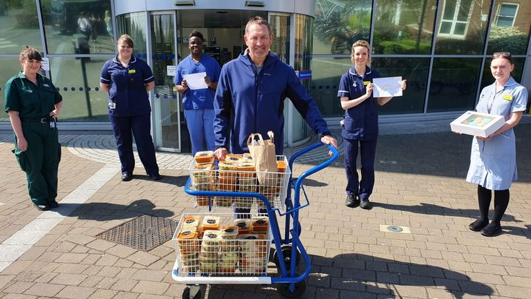 Former England captain Graham Gooch delivers food to NHS workers (Pic credit Essex CCC)