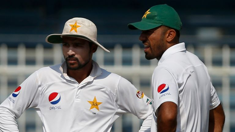 Mohammad Amir (left) and Wahab Riaz have taken a combined 487 wickets for Pakistan