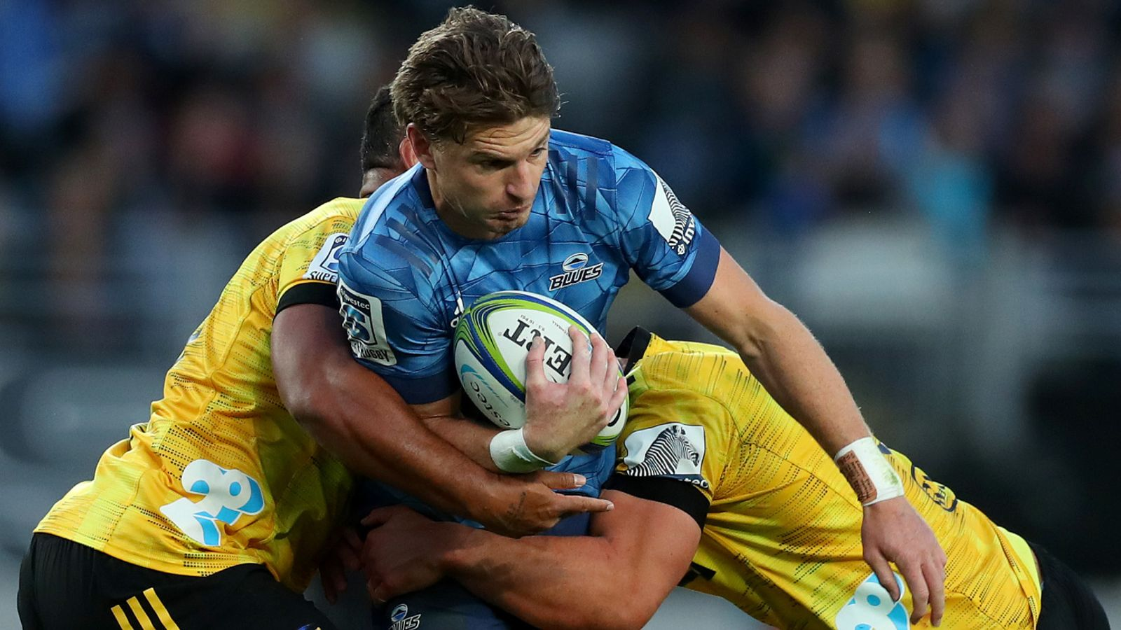 Blues introduce Barrett to 43,000 with impressive Super Rugby win