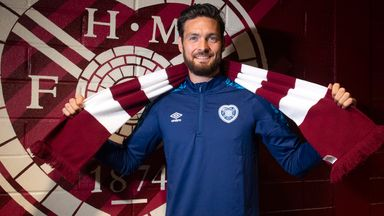 Craig Gordon has signed a two-year deal to return to Hearts