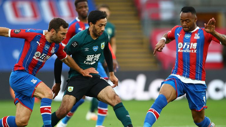 Dwight McNeil in action at Selhurst Park