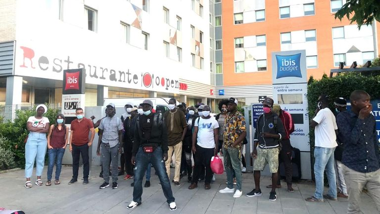 Balde paid for hotel accommodation - located near Barcelona - for 80 workers during lockdown
