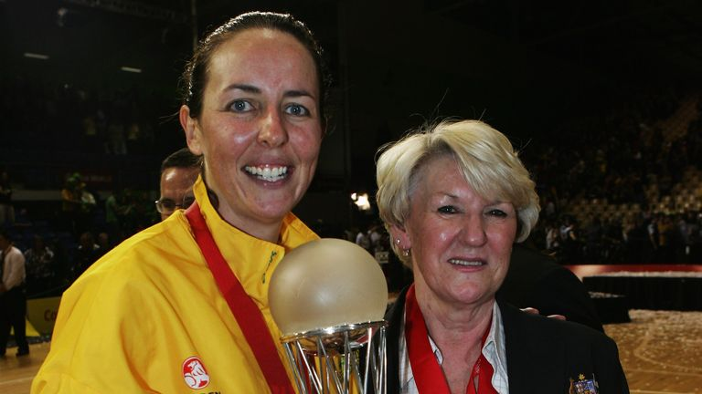 Ellis came back from a knee reconstruction to lead  Australia to the World Championship title in 2007