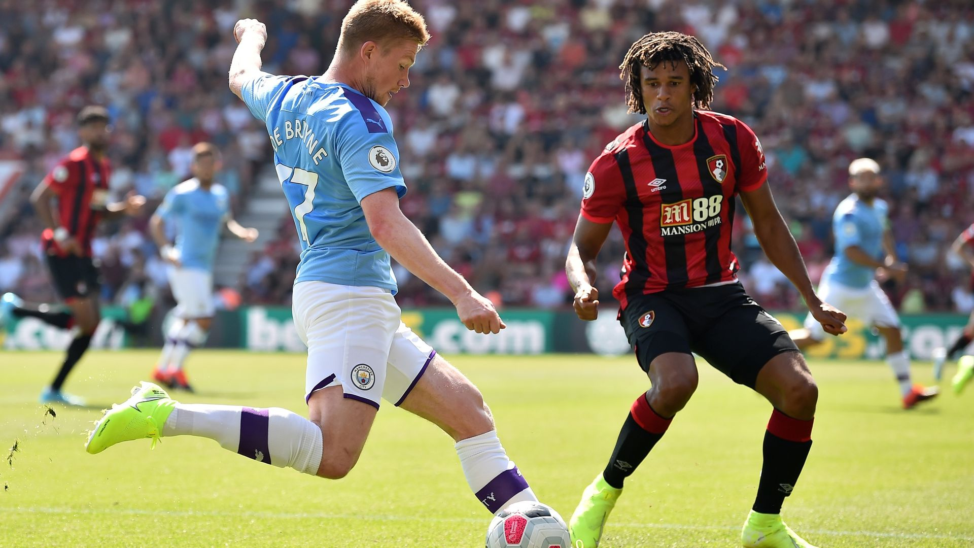 Man City complete £41m deal for Ake