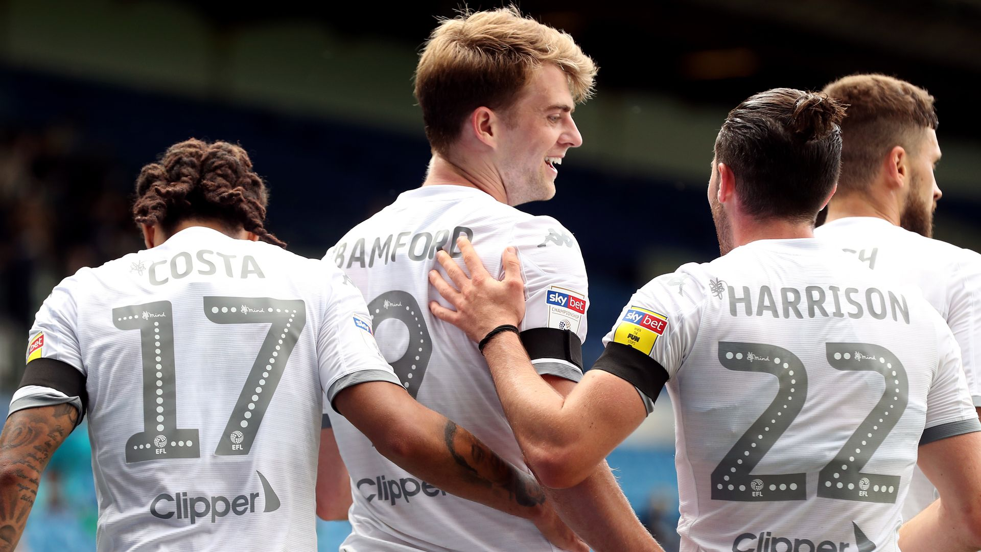 Leeds scrape win to move within one point of PL