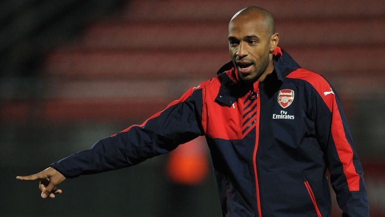Thierry Henry ha influido en el desarrollo de Bukayo Saka en el Arsenal