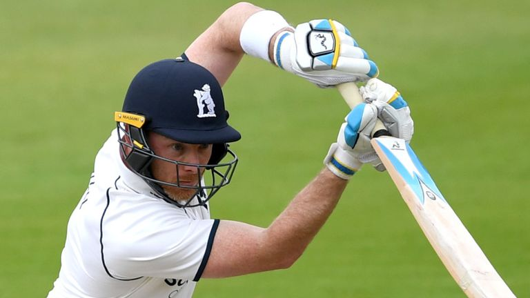 Bell in action for Warwickshire against Derbyshire in the 2018 Specsavers County Championship