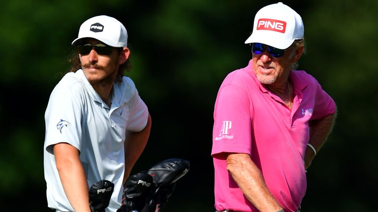 Jimenez has his son caddie for him in Austria