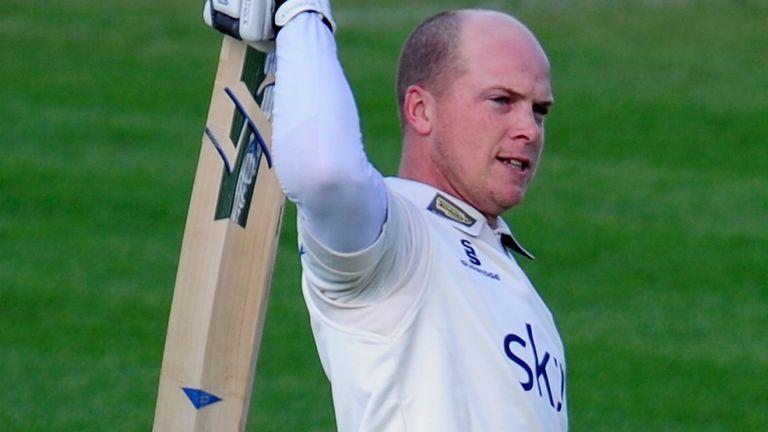 Warwickshire wicketkeeper-batsman Tim Ambrose will retire at the end of the 2020 season