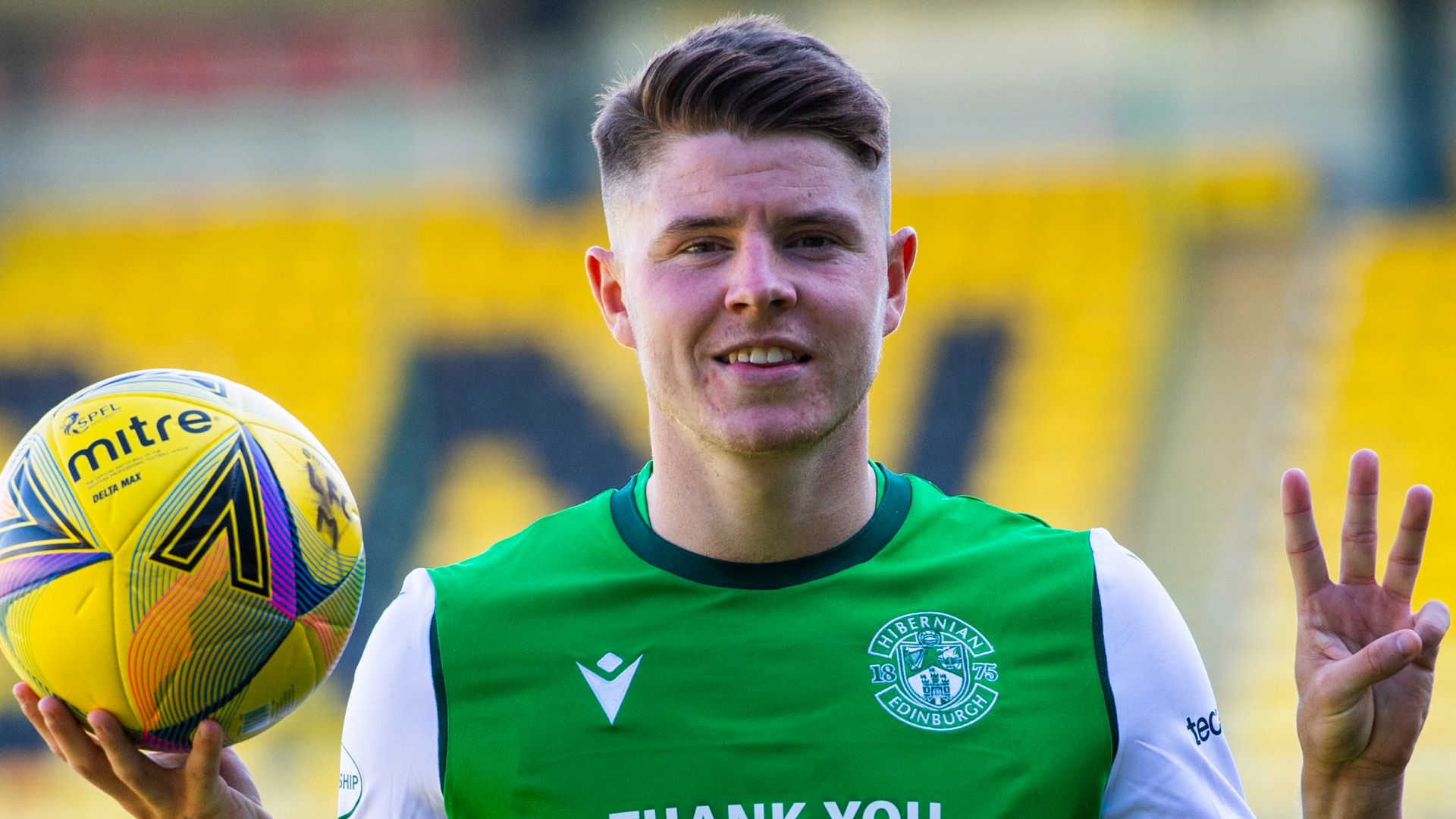 Nisbet hat-trick as Hibs win again