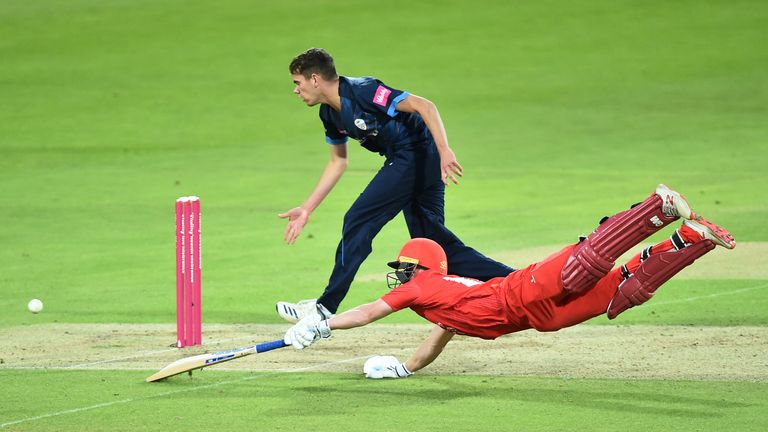 Davies dives to make his ground in Lancashire's innings