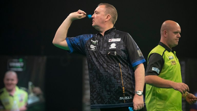 Glen Durrant continued his dream debut campaign with a resounding 7-3 success against Michael van Gerwen