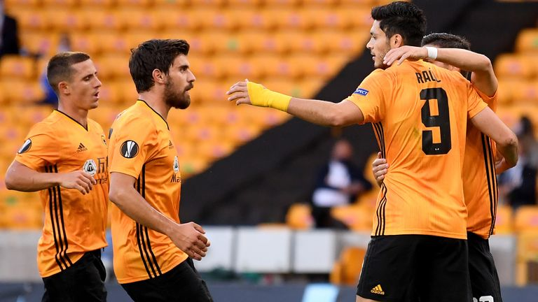 Raul Jimenez scored the winner to send Wolves into the Europa League quarter-finals