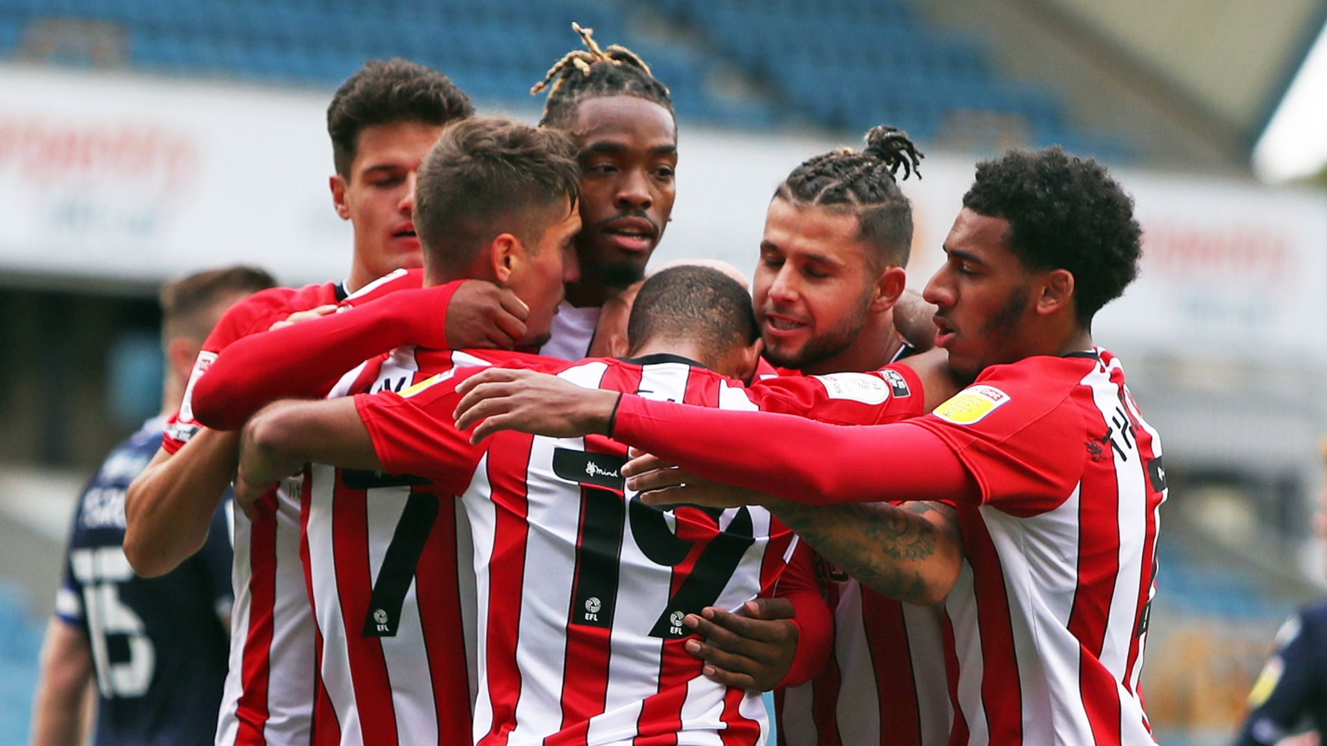 Toney penalty earns point for Brentford