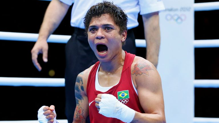 Brazil's Adriana Araujo defeated Natasha Jonas in the amateur ranks