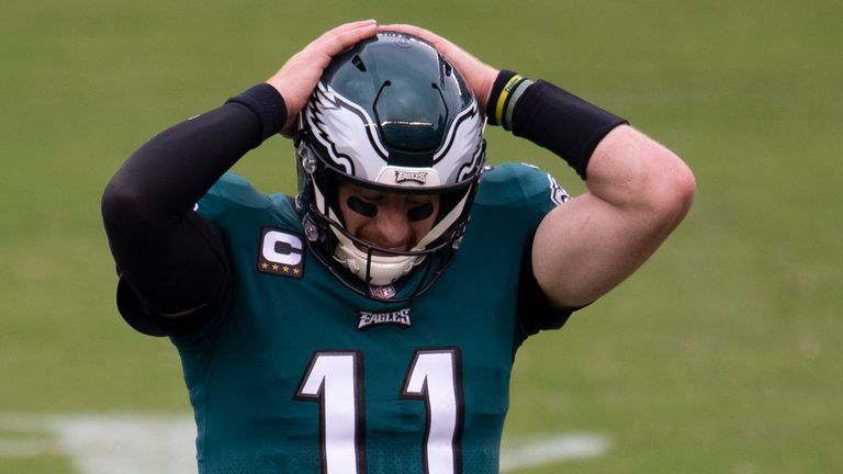 It was another tough night for Carson Wentz as the Eagles tied with Cincinnati