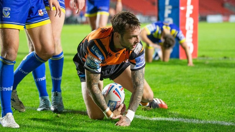 Gareth O'Brien opened the scoring for Castleford Tigers