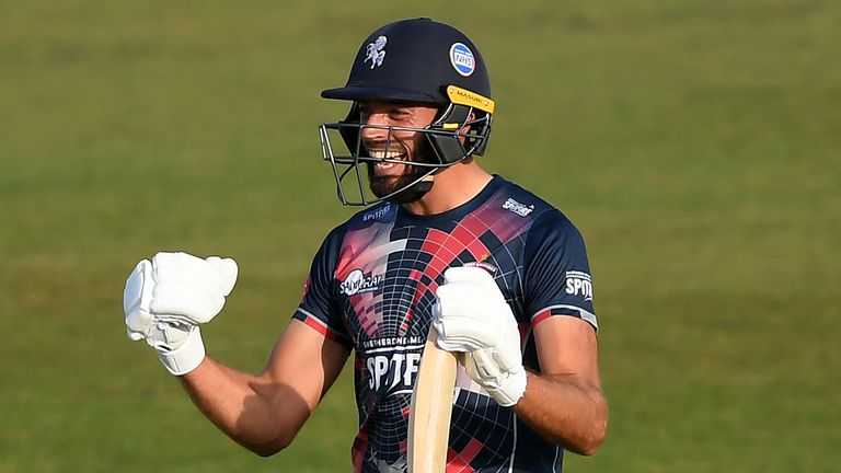 Jack Leaning hit an unbeaten 55 to propel Kent to a place in the quarter-finals