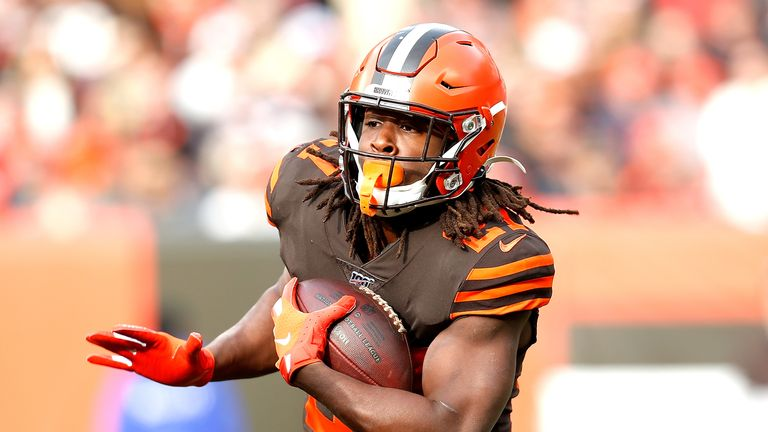 Ohio native Kareem Hunt has signed a two-year extension to stay in Cleveland