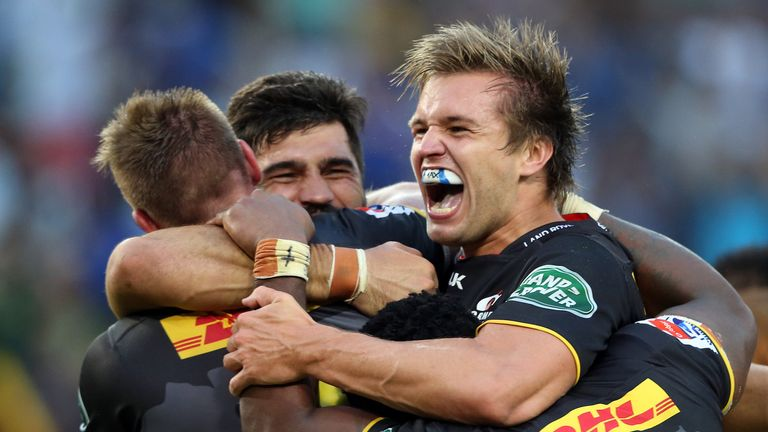 The South African Rugby Union has voted to move its four Super Rugby teams to an expanded PRO16 tournament