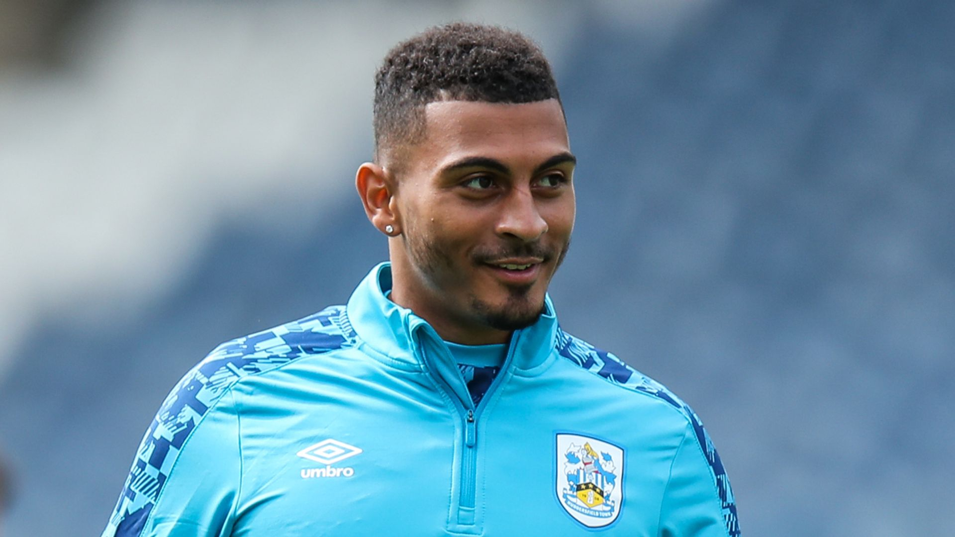 West Brom complete signing of Grant from Huddersfield
