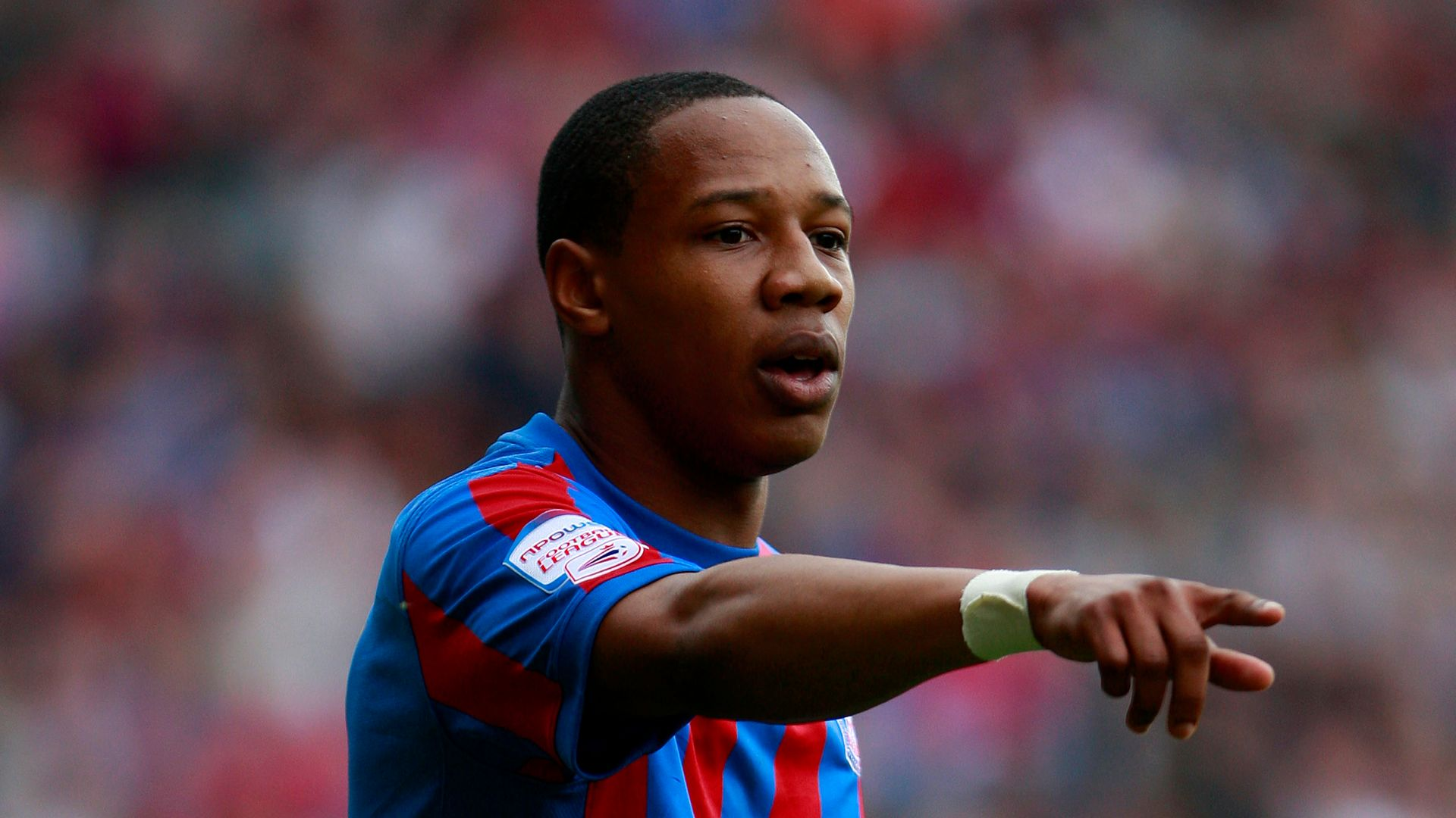 Clyne returns to Palace on short-term deal