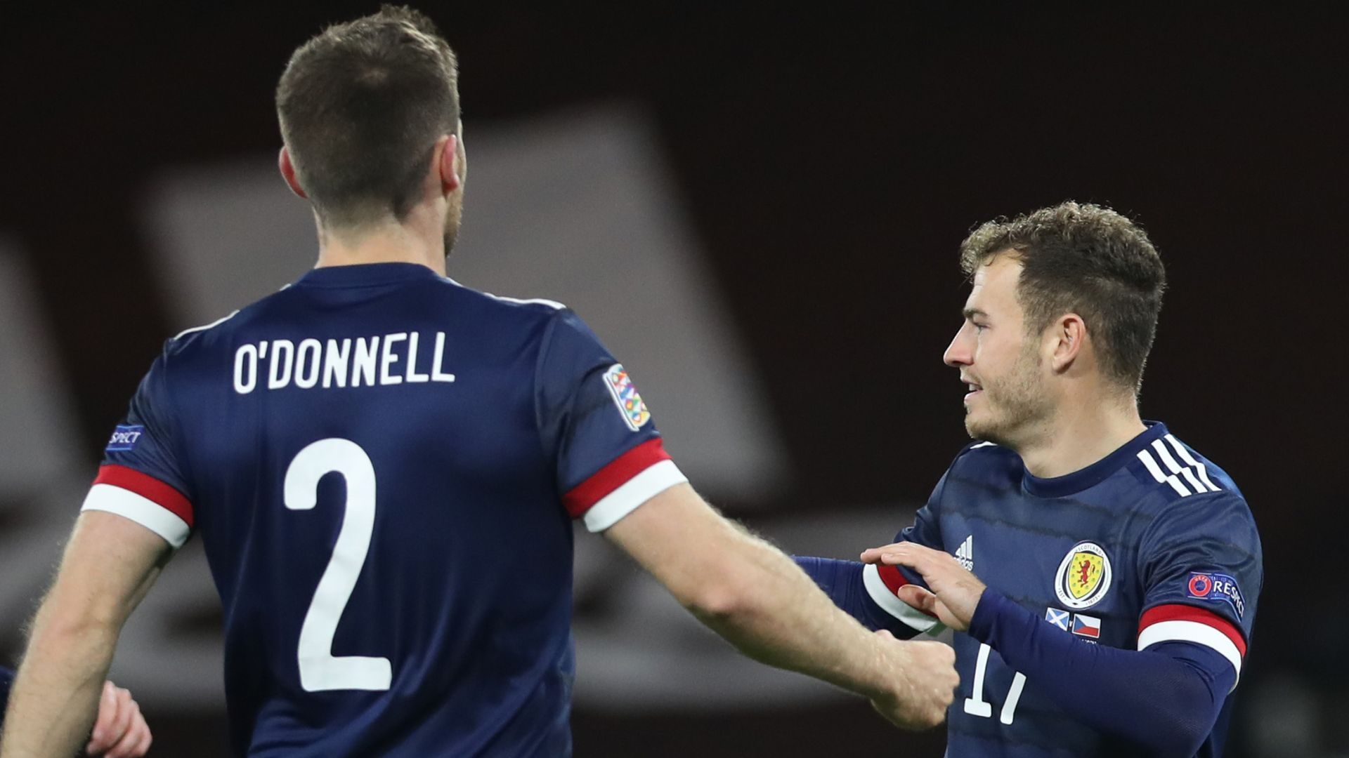 Scotland grind out win over Czechs to stay top