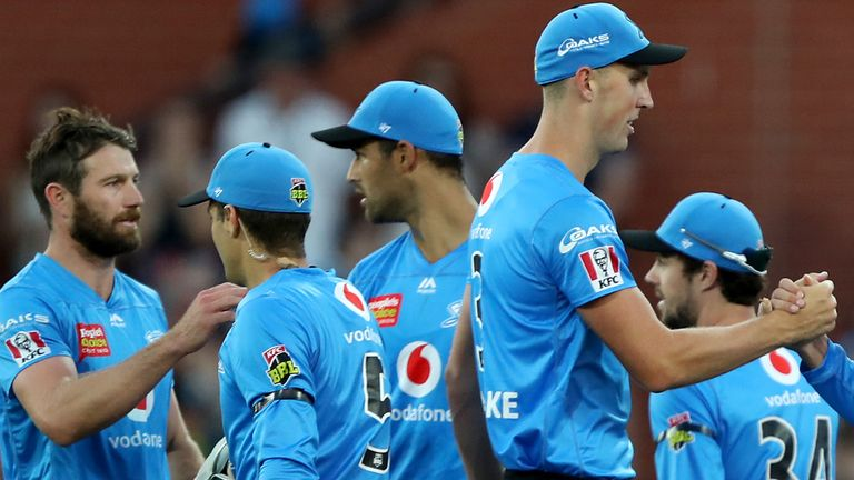 'X-Factor' substitutes can now be used after the 10th over of the first innings in Australia's Big Bash League