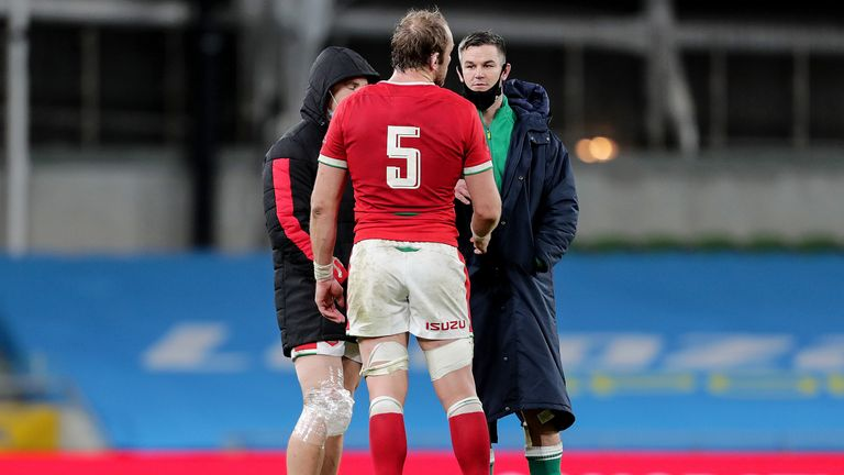 Alun Wyn Jones and Sexton talk after the game