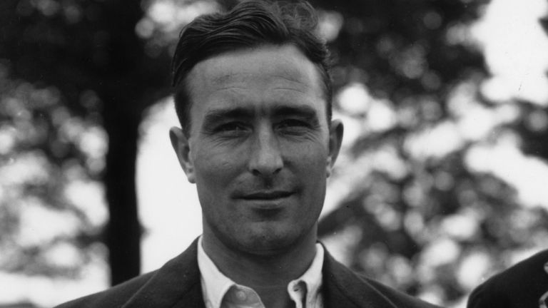 Denis Compton holds the record for the most runs in a single session of play in a Test after scoring 173 between lunch and tea against Pakistan in 1954