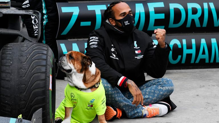 Former F1 world champion Nico Rosberg says ex-Mercedes team-mate Lewis Hamilton is now an all-time great after winning a record-equalling seventh world title