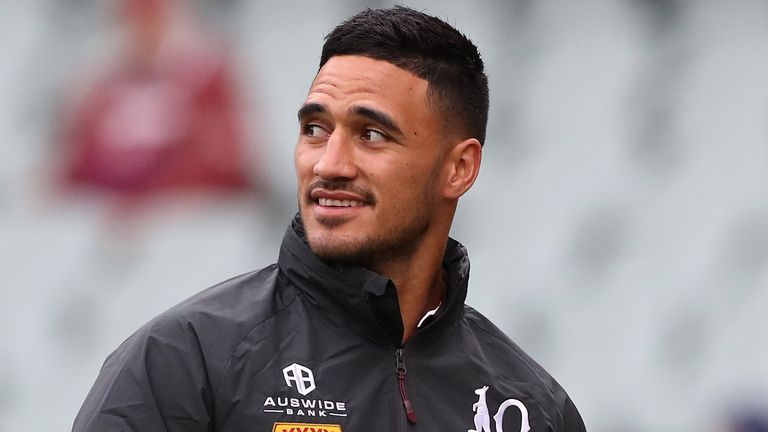 Valentine Holmes returns to the Queensland side at full-back