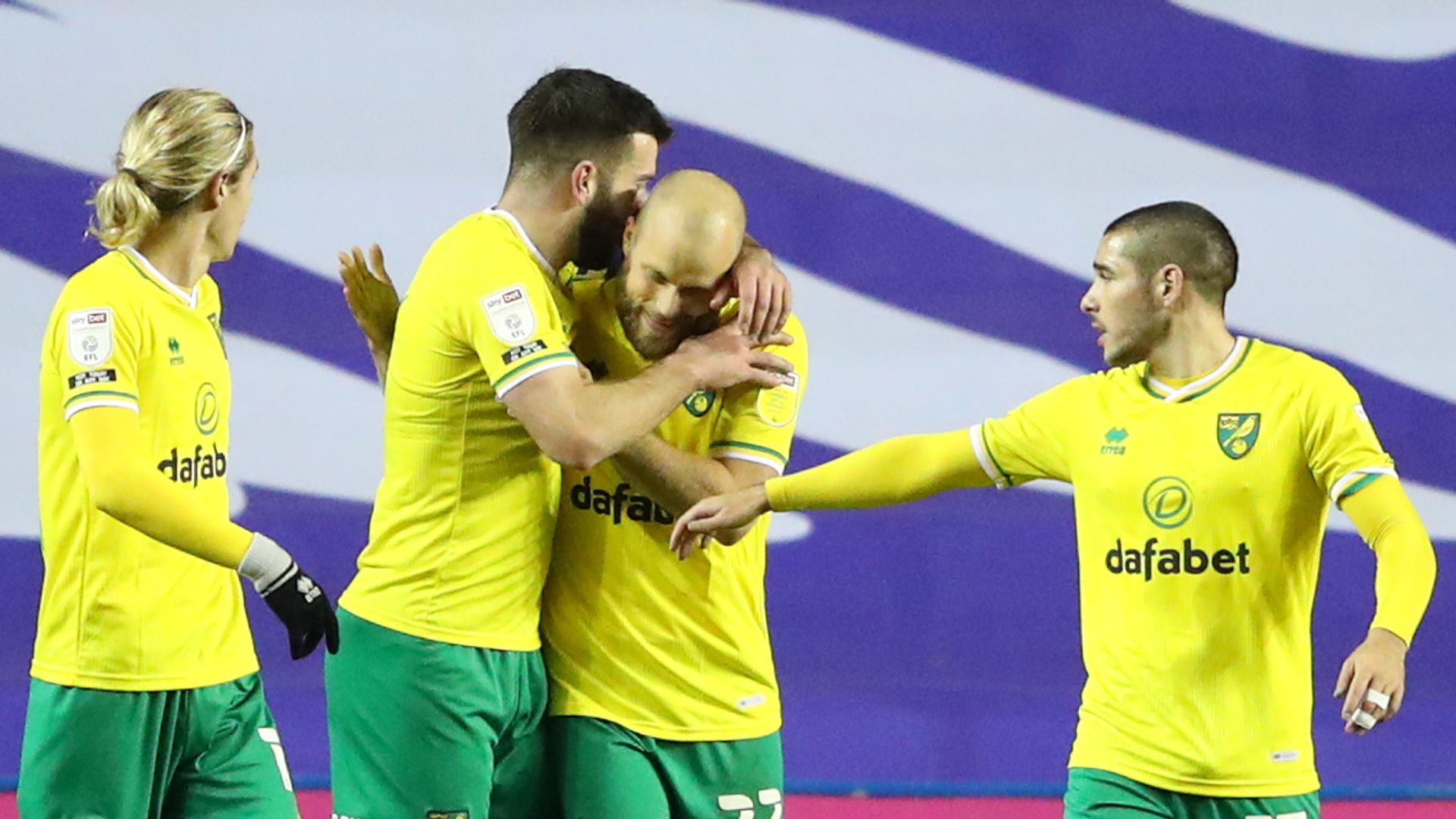 Pukki pen sends Norwich back to the top