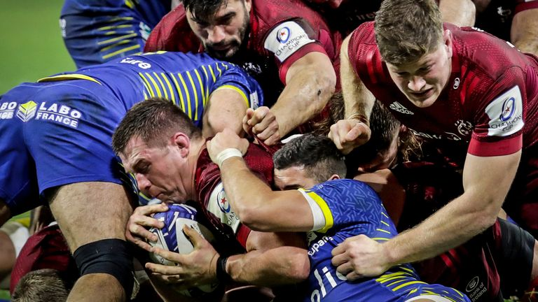 CJ Stander scored a try as Munster came from 19 points behind to beat Clermont at the Stade Marcel Michelin