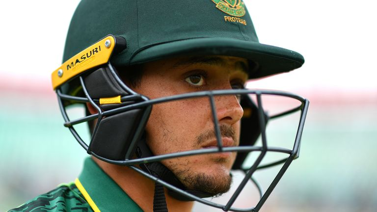 Quinton de Kock needs support and will get it from South Africa's director of cricket Graeme Smith, says Kass Naidoo