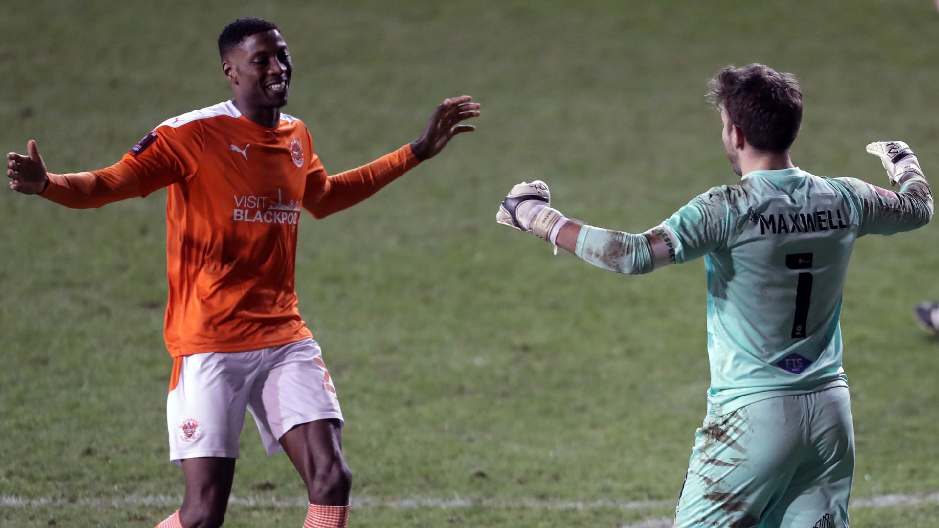 Blackpool knock Baggies out of cup on pens