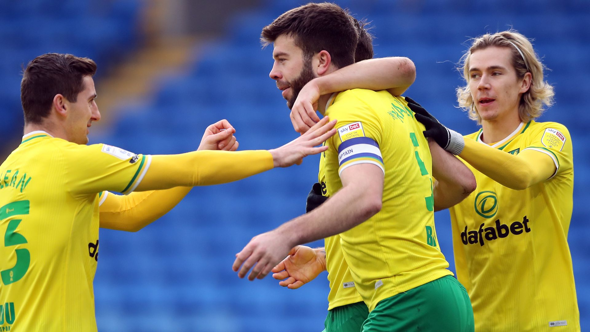 Norwich continue march as they beat Cardiff