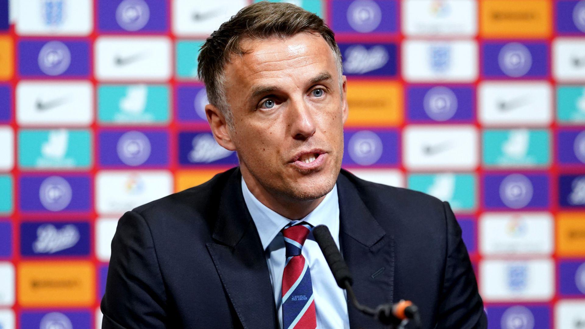 Neville leaves England Women