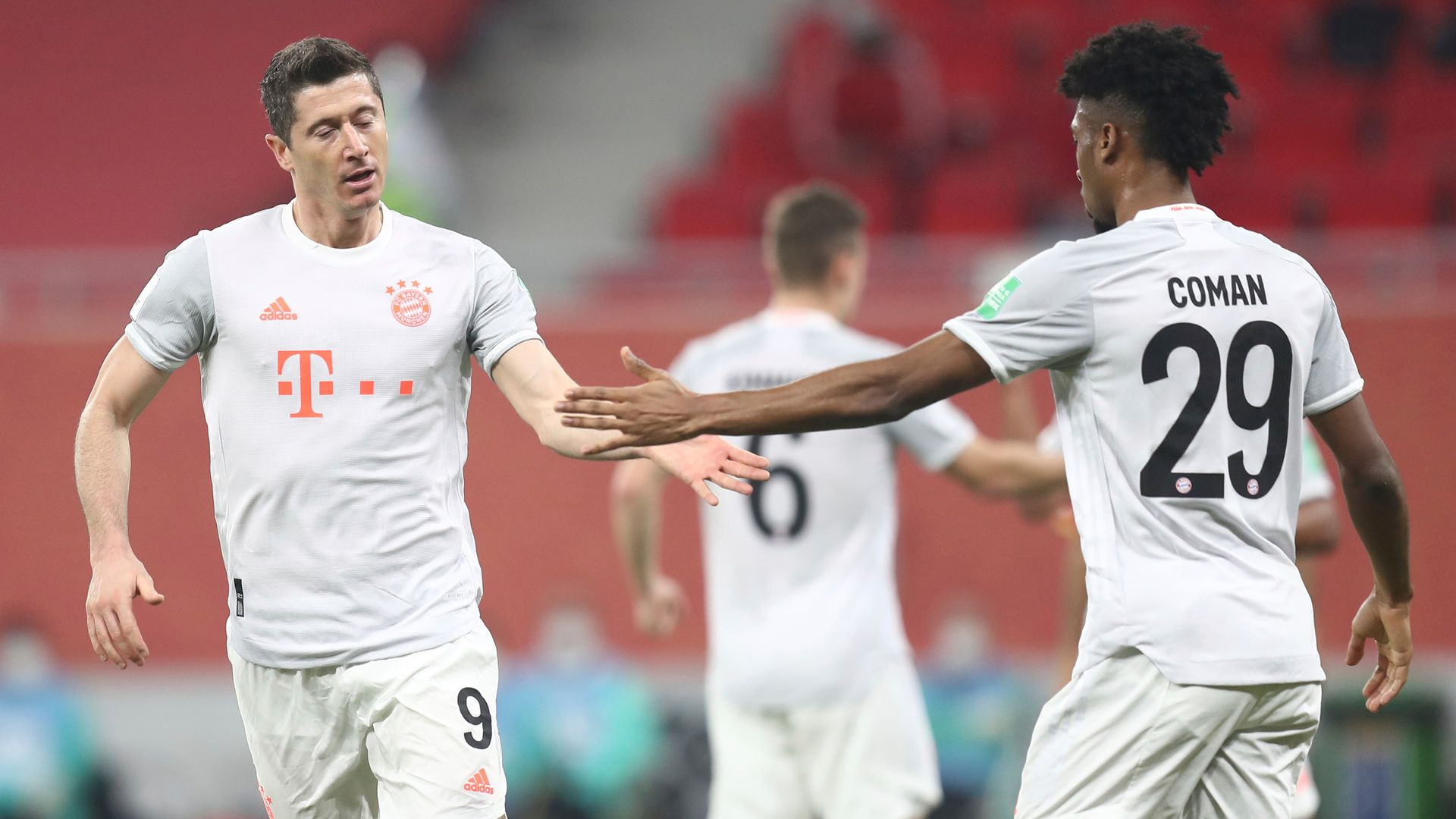 Bayern reach CWC final; Atletico held in la Liga