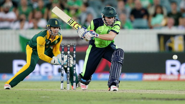 South Africa beat Ireland by 201 runs at the 2015 Cricket World Cup
