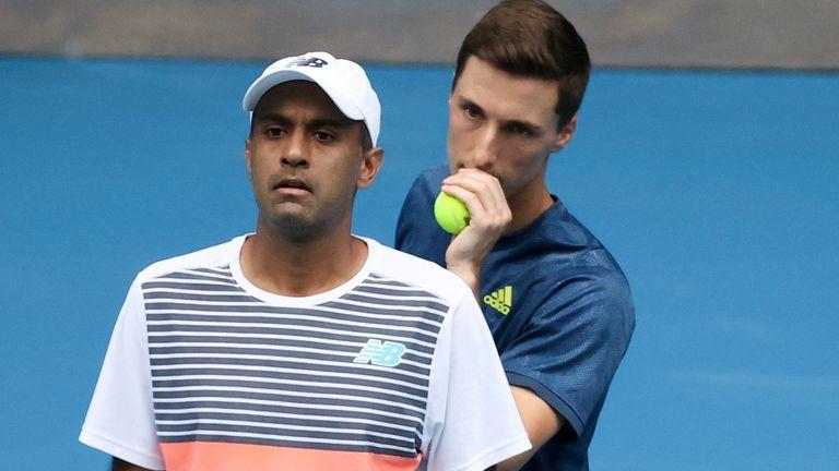 Le Britannique Joe Salisbury (à droite) s'est qualifié pour sa première finale du Masters 1000 aux côtés de Rajeev Ram