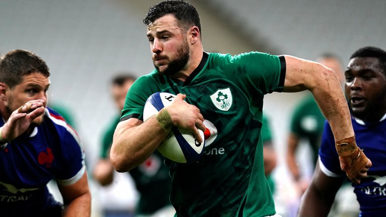 Robbie Henshaw scored a stunning solo try in Paris last year