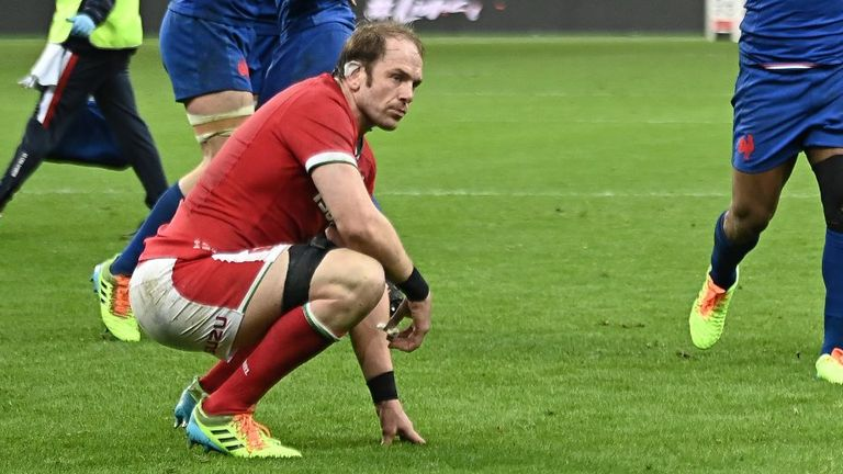 Alun Wyn Jones and his Wales charges suffered an agonising late loss in Paris