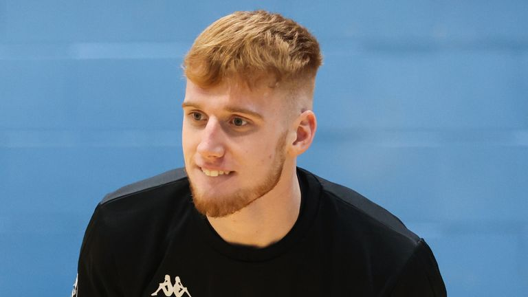 Rising British Basketball Star Cam Hildreth discusses US trip with Wake Forest |  Basketball News