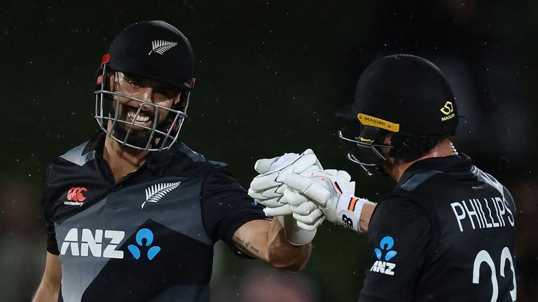 Daryl Mitchell (L) and Glenn Phillips (R) shared in an unbroken 62-run stand to propel New Zealand to a match-winning score in the second T20I against Bangladesh