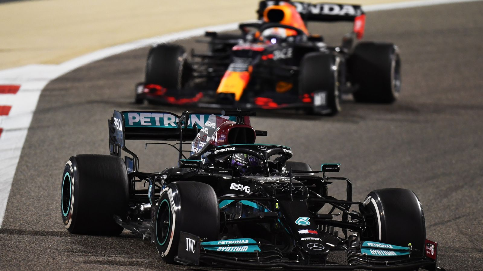 Lewis Hamilton vs Max Verstappen Bahrain GP predictions changed 'every two  or three seconds' say Mercedes | F1 News