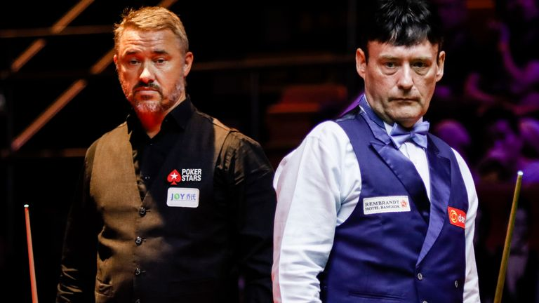 Stephen Hendry has urged his great rival Jimmy White not to quit snooker