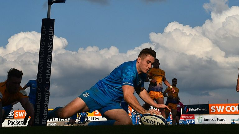 Jordan Larmour dives for the corner as Leinster levelled things up from 14-0 behind