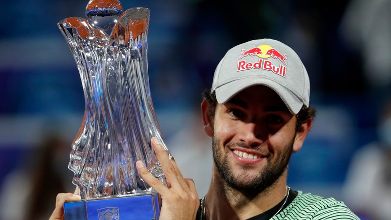 Matteo Berrettini improved to 4-1 in ATP Tour finals