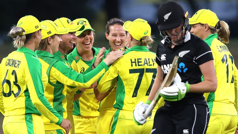 Australia limited New Zealand to 128-9 as the White Ferns chased 150 for a consolation victory in the ODI series